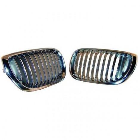 Priekinės grotelės skirtos BMW 3 E46 01-05 chromuotos